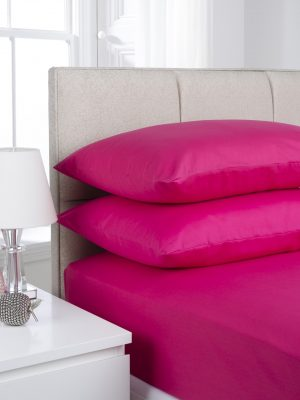 Cerise Plain Dyed Bedding