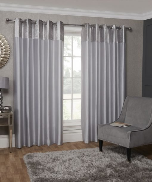 Velvet Border Curtain