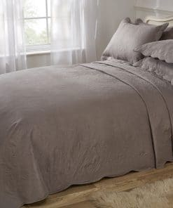 Quilted Paisley Motif Bedspread Set in Mink