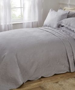 Quilted Paisley Motif Bedspread Set in Silver