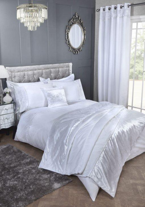 Velvet Trimmed Duvet Set in White