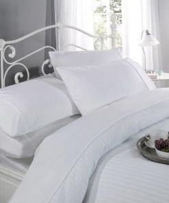 Sateen stripe duvet set in white