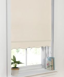 Scalloped Edge Blind Cream