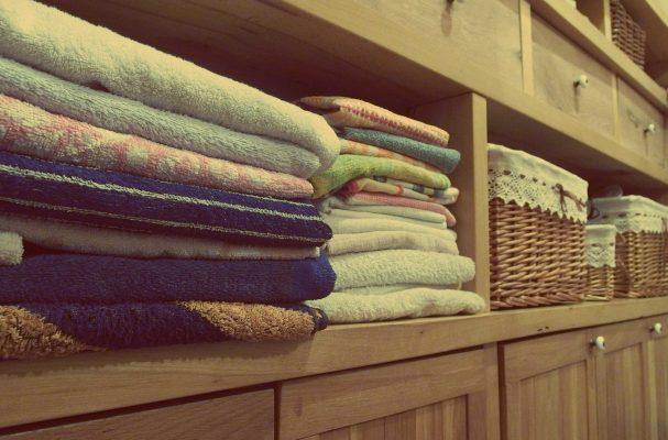 Washing towels